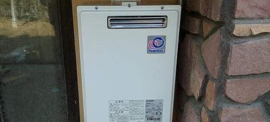 室外燃气热水器
